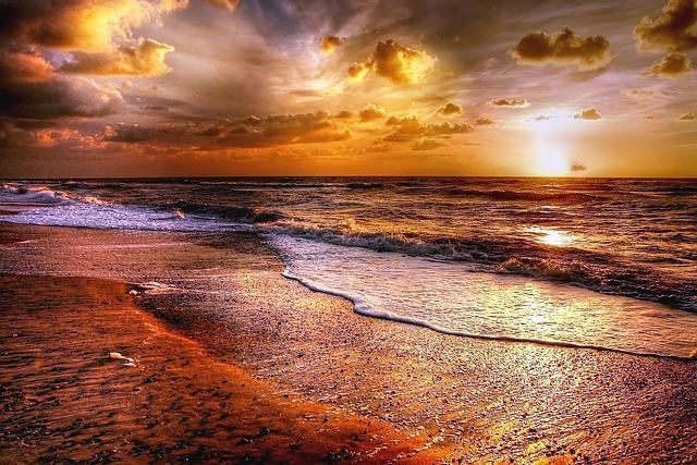 sunset-2210870_640.jpg