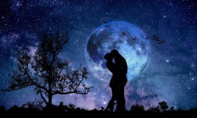 moon-3059324_640.jpg