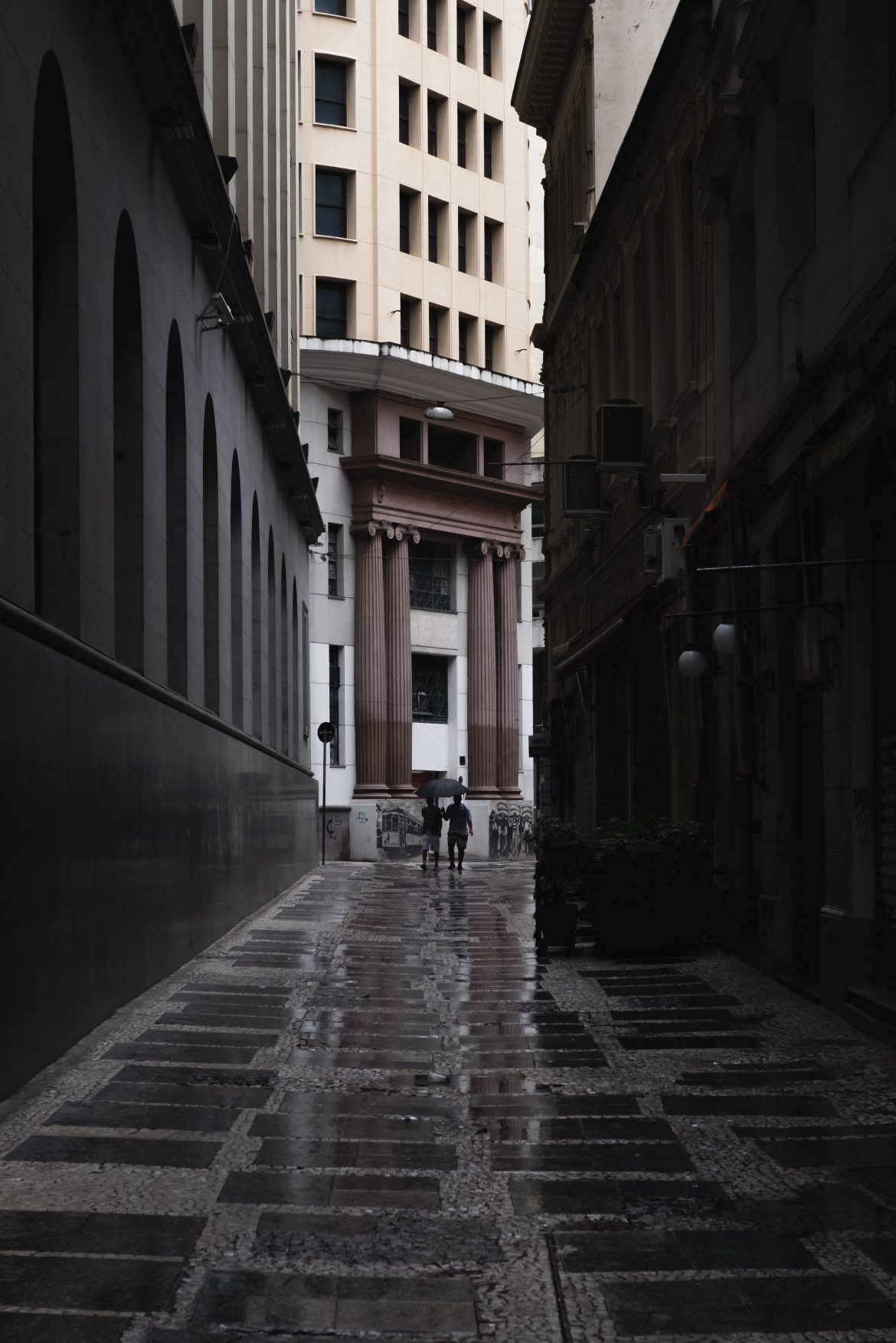 alley-architecture-buildings-1762185